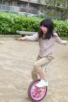 20120415_キキ1輪車.JPG